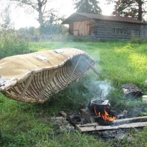 old-russian-birch-bark-canoe-12