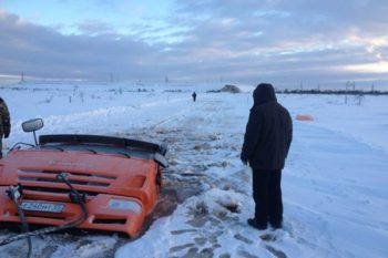 funny-russian-cars-winter-03